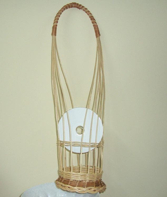 Вертикальная плетёная корзина под шампанское с одной ручкой
